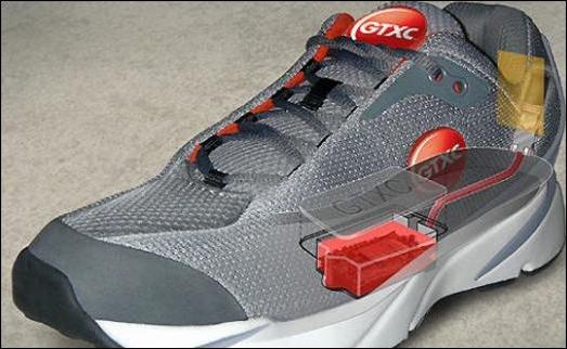 Le-GPS-est-incorpore-dans-la-chaussure